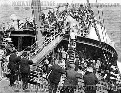 Steerage passengers on deck of the Kaiser Wilhelm der Grosse